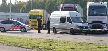 Dode man op parkeerplaats langs A1 bij Terschuur kwam niet om door misdrijf