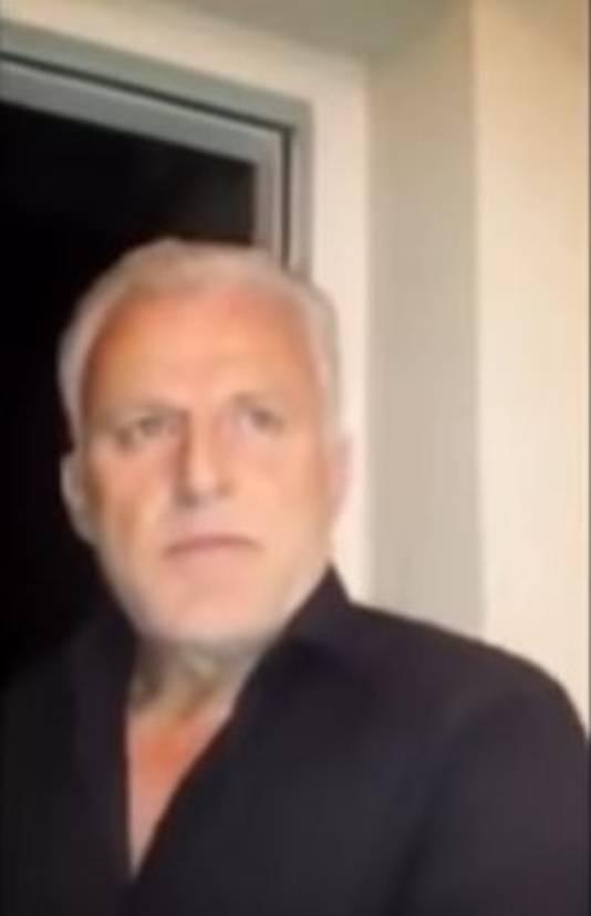 Peter R. de Vries wordt gefilmd door de woedende ex-man.