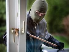 Betrapte inbrekers bedreigen chaletbewoner (26) met wapen en vluchten met buit