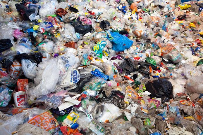 Ingezameld plastic afval, ter illustratie.