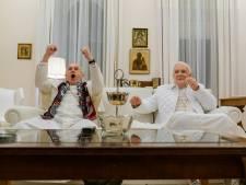Fenomenale vertolkingen van Anthony Hopkins en Jonathan Pryce in The Two Popes