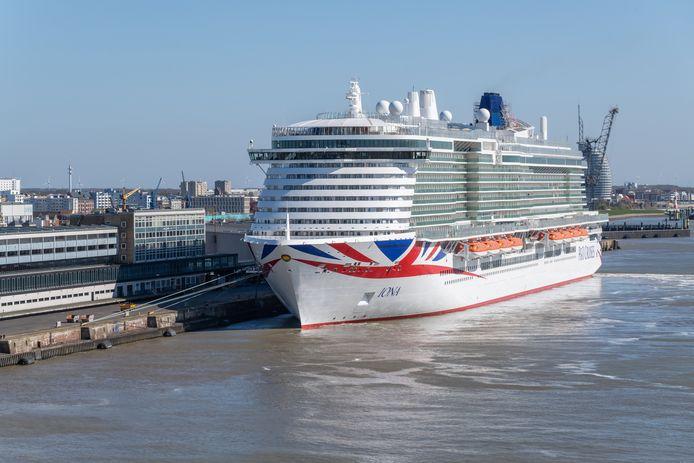 Cruiseschip IONA komt 2 juni naar Rotterdam voor een dokbeurt.