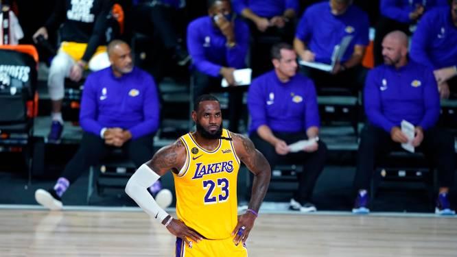 Topfavorieten Lakers en Bucks beginnen met historische valse noot aan play-offs