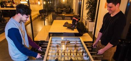 De halve wereld aan studenten is op Tilburgse CobbenCampus onder één dak