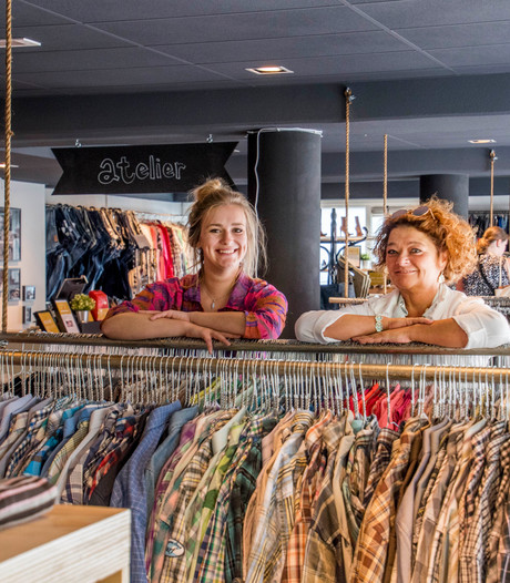 Nieuwkomer Willem II-straat Tilburg: ReShare Store: 'Jaarlijks halen we 25 miljoen kilo kleding op'