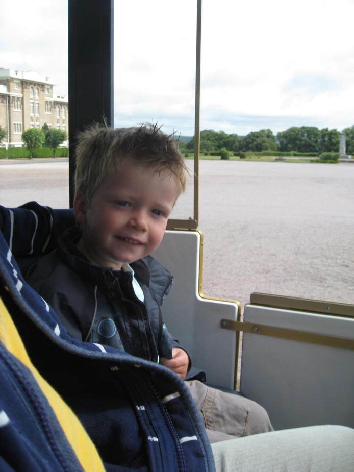 Tim Laurenssen uit Schaijk is op 7-jarige leeftijd overleden aan een neuroblastoom.