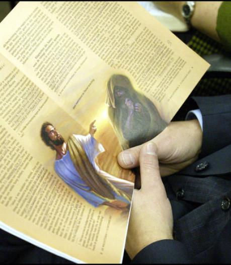 Onderzoek OM naar misbruik Jehova's Getuigen