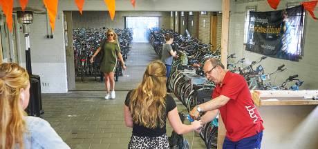 Geliefde fietsenstalling bij station Oss dreigt na zes jaar op slot te gaan