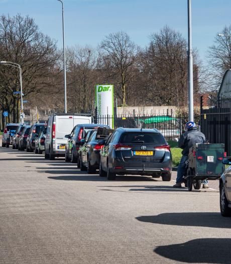 Ruzie door drukte bij milieustraat, DAR zet verkeersregelaars in