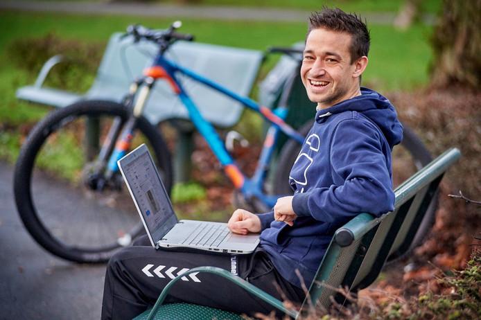 Bewegingswetenschapper Teun van Erp promoveerde op Tom Dumoulin.