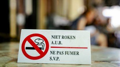 500 euro boete voor roken op dichtgemaakt terras: horeca op Grote Markt krijgt laatste berisping