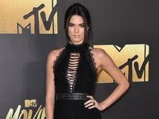 Kendall Jenner koopt villa Charlie Sheen