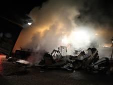 Containerbrand in Tiel zorgt voor flinke rookontwikkeling
