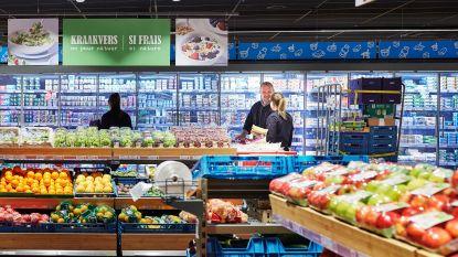 VIDEO. Kassaloos winkelen bij Spar: boodschappen zelf scannen én betalen met smartphone