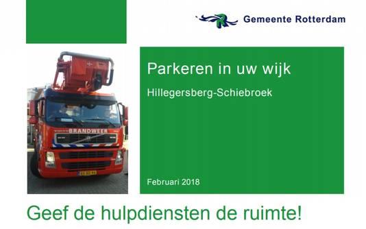 De gemeente deelde flyers uit in het Kleiwegkwartier.