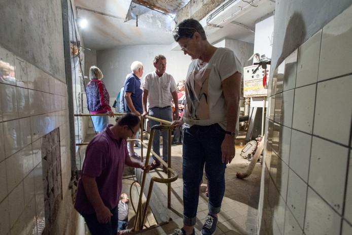 De steile trap naar de gastank in de kelder zal vervangen worden door een veiliger exemplaar, daar is al geld voor binnen.
