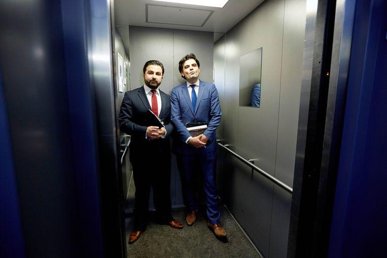 PvdA-Kamerleden Tunahan Kuzu (rechts) en Selçuk Öztürk Beeld anp