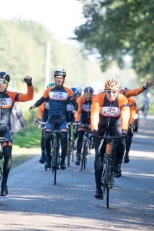 Fietsen van Denemarken naar Oldenzaal voor kankerbestrijding