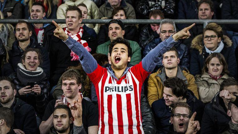 De PSV-aanhang in Eindhoven op 6 februari dit jaar, toen de club door FC Utrecht uit het KNVB-bekertoernooi werd gekegeld. Beeld Jiri Buller