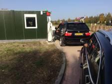 Aardbeien drive-in van Jan en Birgitte van den Elzen in Uden gaat weer open