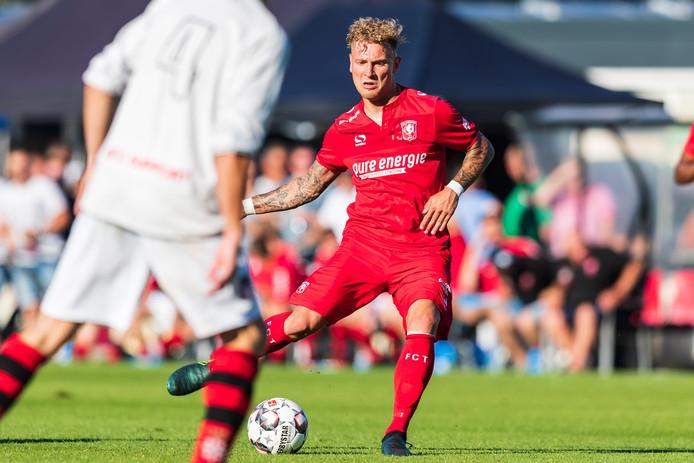 Tim Hölscher was bij zijn terugkeer meteen trefzeker voor FC Twente.