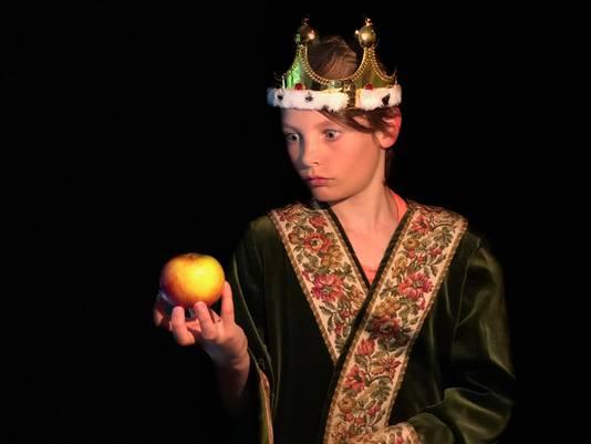 De kinderen mochten, ondanks dat er geen musical is, toch hun koninklijke kleding aan.