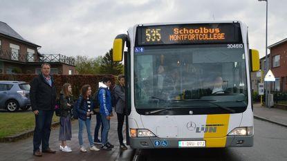 Grotere schoolbus naar Montfortcollege