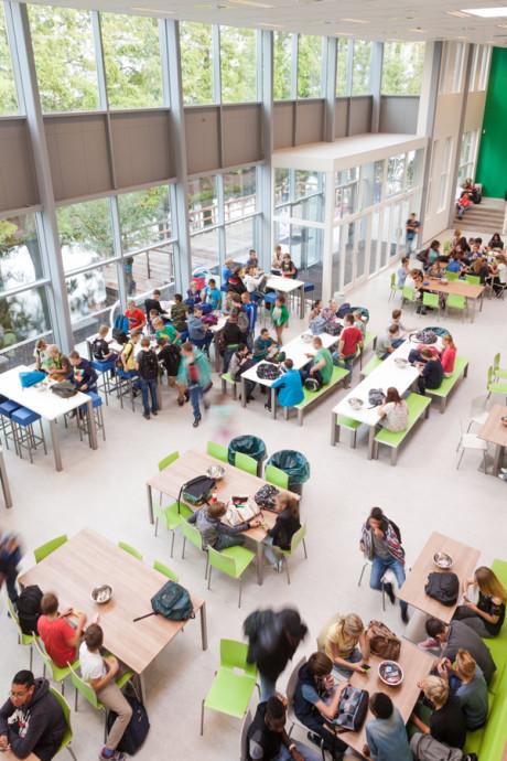 'Ontucht'-docent kwam na ontslag op Wellantcollege in Boskoop gewoon weer voor de klas