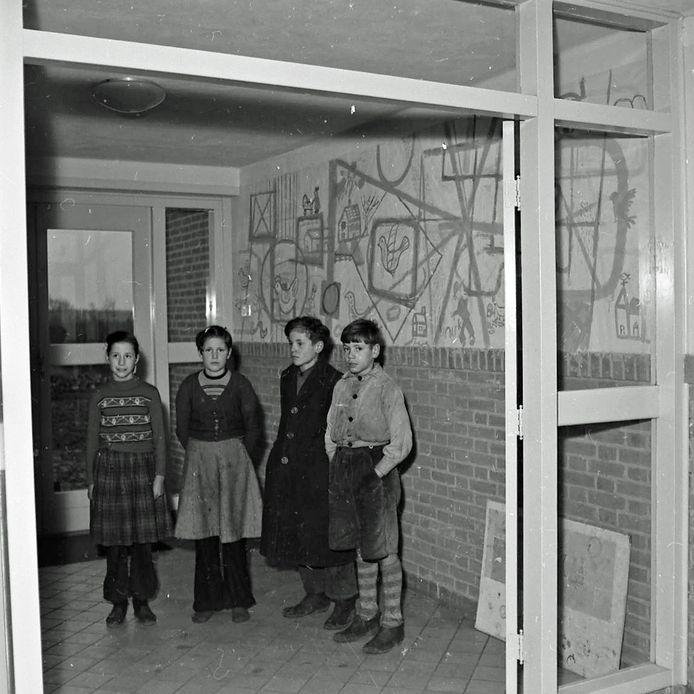 Muurschilderingen in Gerardusschool in Weebosch