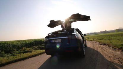 """""""Ze willen mij allemaal inhalen, maar niemand klopt de Tesla"""": Hannes Coudenys test het volledig elektrische Model X 100D"""