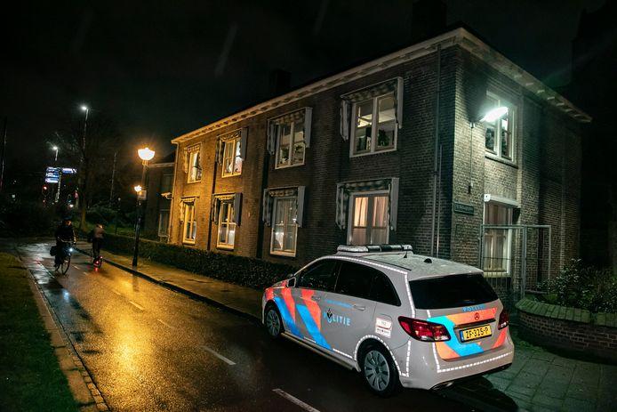 In Arnhem is donderdagavond een woningoverval gepleegd aan het St. Walburgisplein.