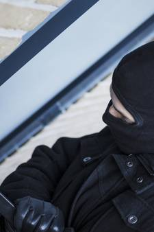 Politie pakt inbrekersbende op die 30 diefstallen pleegde in Zeeland
