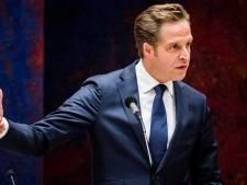 Hugo de Jonge trots op voetbalvereniging Floreant uit Boskoop: 'Hartverwarmend'
