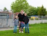 Annemiek kan ein-de-lijk de kinderen weer naar school brengen: 'Te vaak verloor ik mijn geduld'