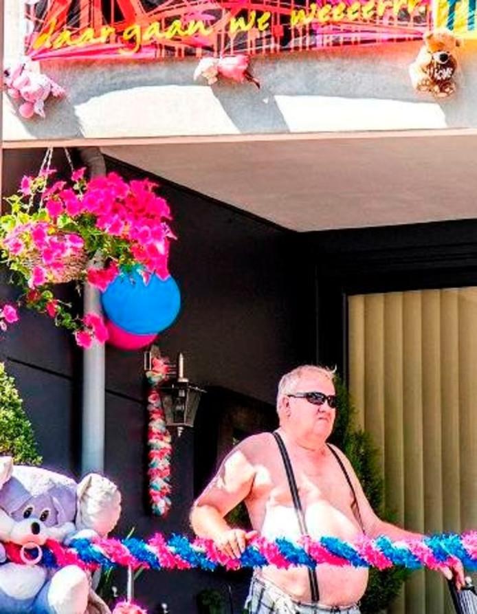 Jo van Gorp (72) per se aan de Besterdring wonen. Voor de kermis. Foto Jan van Eijndhoven