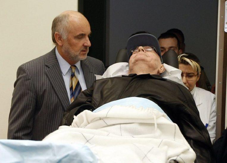 Volgens advocaat Ulrich Busch is Demjanjuk al in Israël voor dezelfde misdaden aangeklaagd en veroordeeld. Foto EPA Beeld