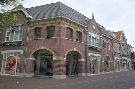 Winkel Ter Horst van Geel, Walplein.