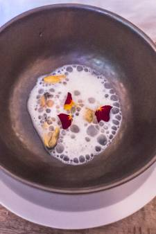 """À la découverte de la cuisine naturellement """"Sauvage"""" de Hyun Frère"""