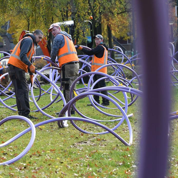 De aanleg van Glasvezel in Cuijk. Trouw onthulde dat KPN kleine concurrenten bewust frustreerde bij glasvezelprojecten