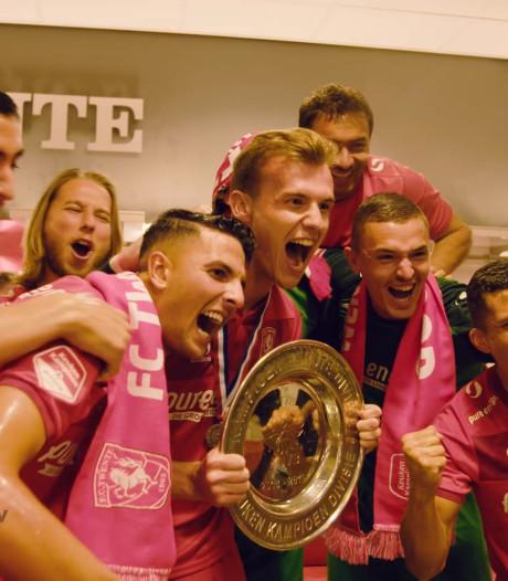 TERUGLEZEN | Spelers en supporters vieren kampioenschap FC Twente