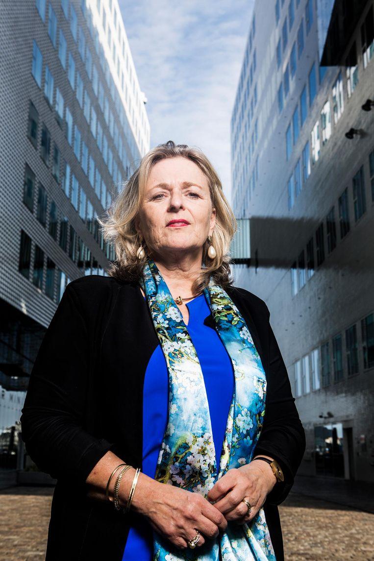 Hoofdofficier van Justitie Nicole Zandee: 'Sommige problemen moet je persoonsgericht aanpakken. Daarin is Amsterdam al succesvol.' Beeld Niels Blekemolen