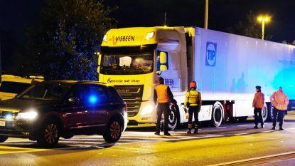 Structureel probleem met transmigranten: opnieuw parkeerverbod voor vrachtwagens in Veurne