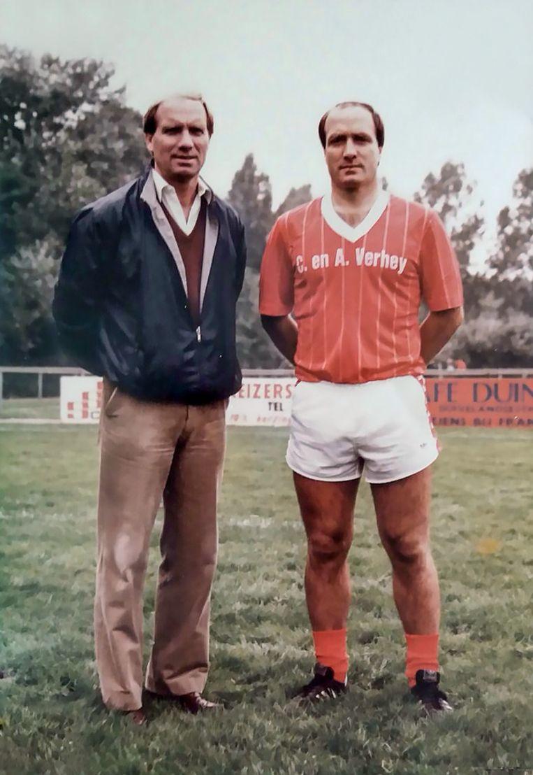 Dick Advocaat (rechts) met zijn broer Jaap. Beeld null