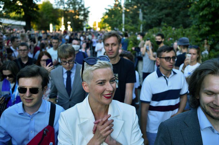 Maria Kolesnikova tijdens een protest begin augustus. De oppositieleider wordt sinds maandag vermist. Beeld AFP