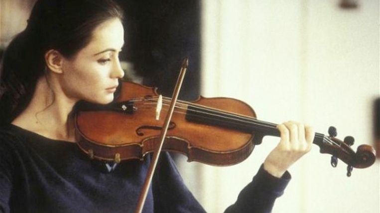 Emmanuelle Béart in Un coeur en hiver (1992) Beeld -