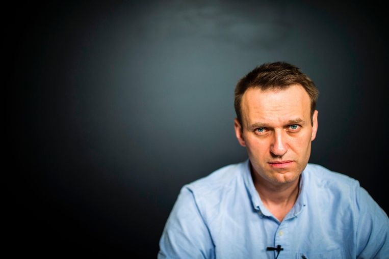 Oppisitieleider Aleksej Navalny op zijn kantoor, vlak nadat hij werd vrijgelaten uit de gevangenis. Beeld afp