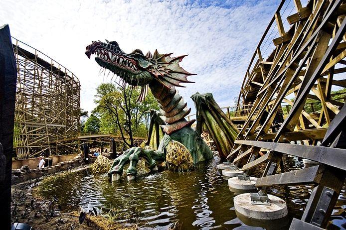 P&P maakte de enorme draak voor de Efteling-attractie Joris en de Draak.