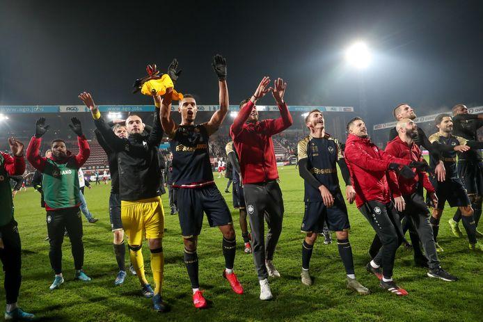 Les joueurs de l'Antwerp fêtent leur qualification pour la finale