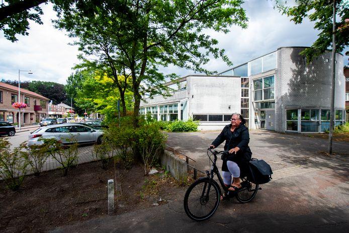 Of het woningbouwplan op de plek van de oude bibliotheek van CODA in Ugchelen kan doorgaan is onduidelijk.