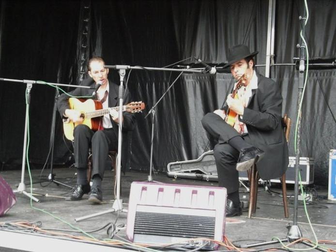 Sinti- en roma-muziek op Gipsyfeest in Eindhoven   Muziek